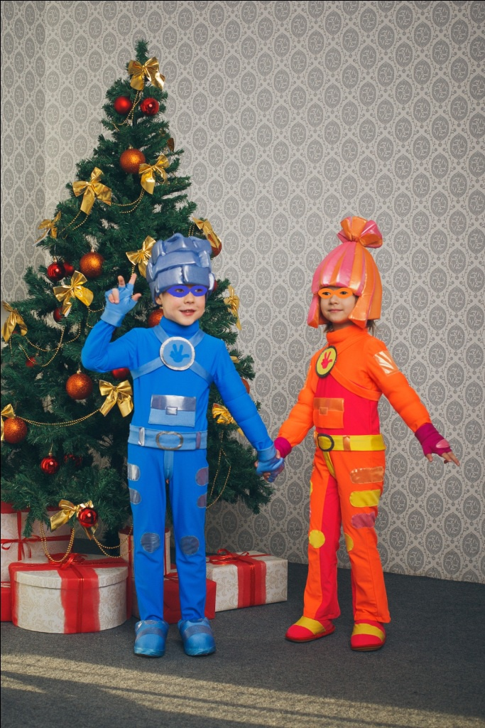 Новогодний костюм фиксика своими руками