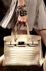 Фото из коллекции весна-лето 2010: Hermes, Lanvin, Christian Dior, Chloe.  Для женщин соблюдающих классический стиль...