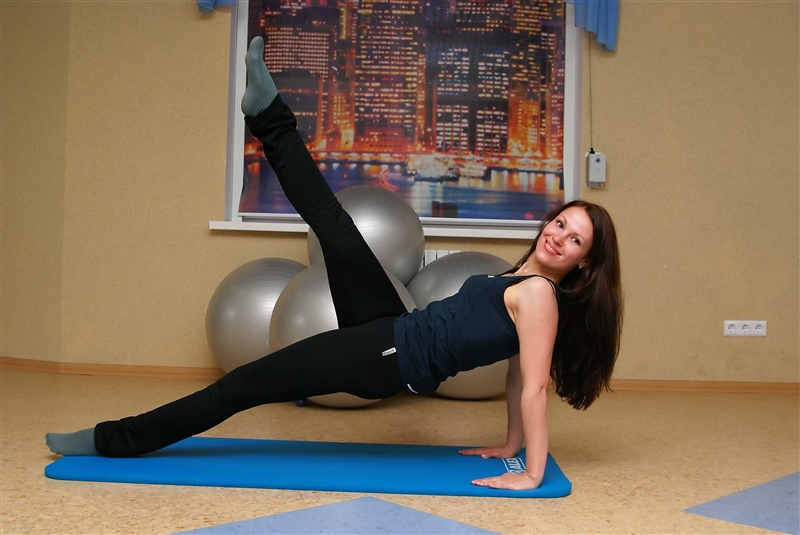 Какие тренажеры эффективны для похудения живота и боков