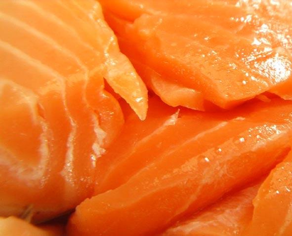 Красной рыбы понадобится немного, по весу где-то грамм 150-200, в...