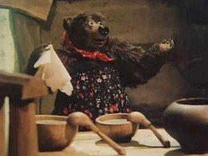 Пришла она к избушке где жили три медведя Михаил Иваныч, Настасья.