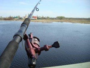 Томские рыбаки против введения фиш-карт