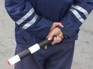 После избиения задержанного водителя от работы отстранили сразу нескольких сотрудников ГИБДД