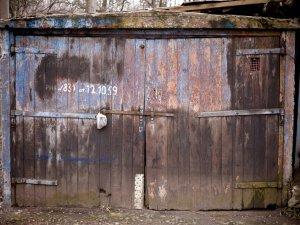 «Народные гаражи» начнут строить уже этим летом