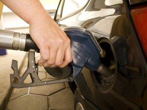Горожане проведут автопробег против роста цен на бензин