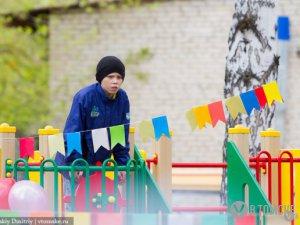 В Кировском районе появилась игровая площадка для «особенных» детей (фото)