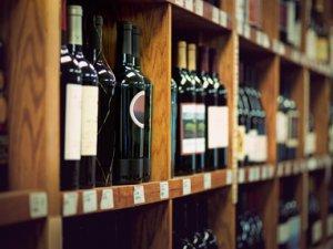 В Северске появилась новая услуга по продаже алкоголя в обход закона