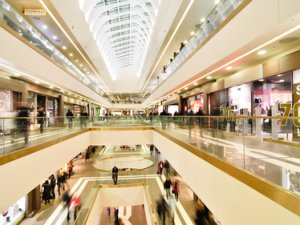 В 2015 году на месте старого ГУМа появится пятиэтажный торговый центр с кинотеатром